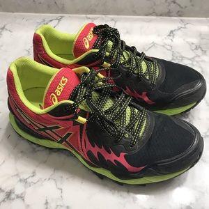 ASICS gel Fuji endurance trail running sneakers